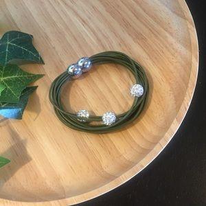 Jewelry - Multi-strand bracelet w/ magnetic closure ✨✨